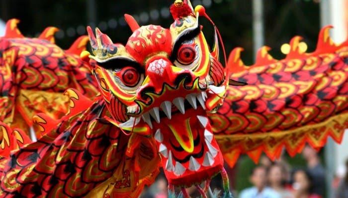 Dragón en iestas populares chinas