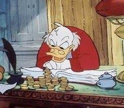 El tío Gilito haciendo un seguimiento de sus inversiones