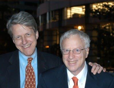 Foto de los autores del libro Akerlof y Shiller