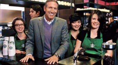 Howard Schultz junto a unos partners
