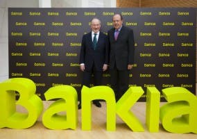 Los títulos de Bankia caen un 19%
