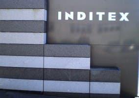 Inditex grupo empresarial gallego, nos sorprende hoy con una polémica decisión