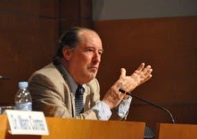 Conderencia de Jose María Gay de Liébana en A Coruña