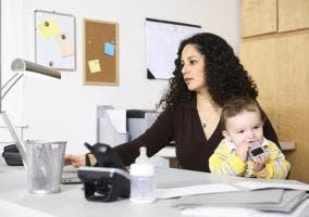 dia de la mujer+mujer trabajadora+mujer bebe
